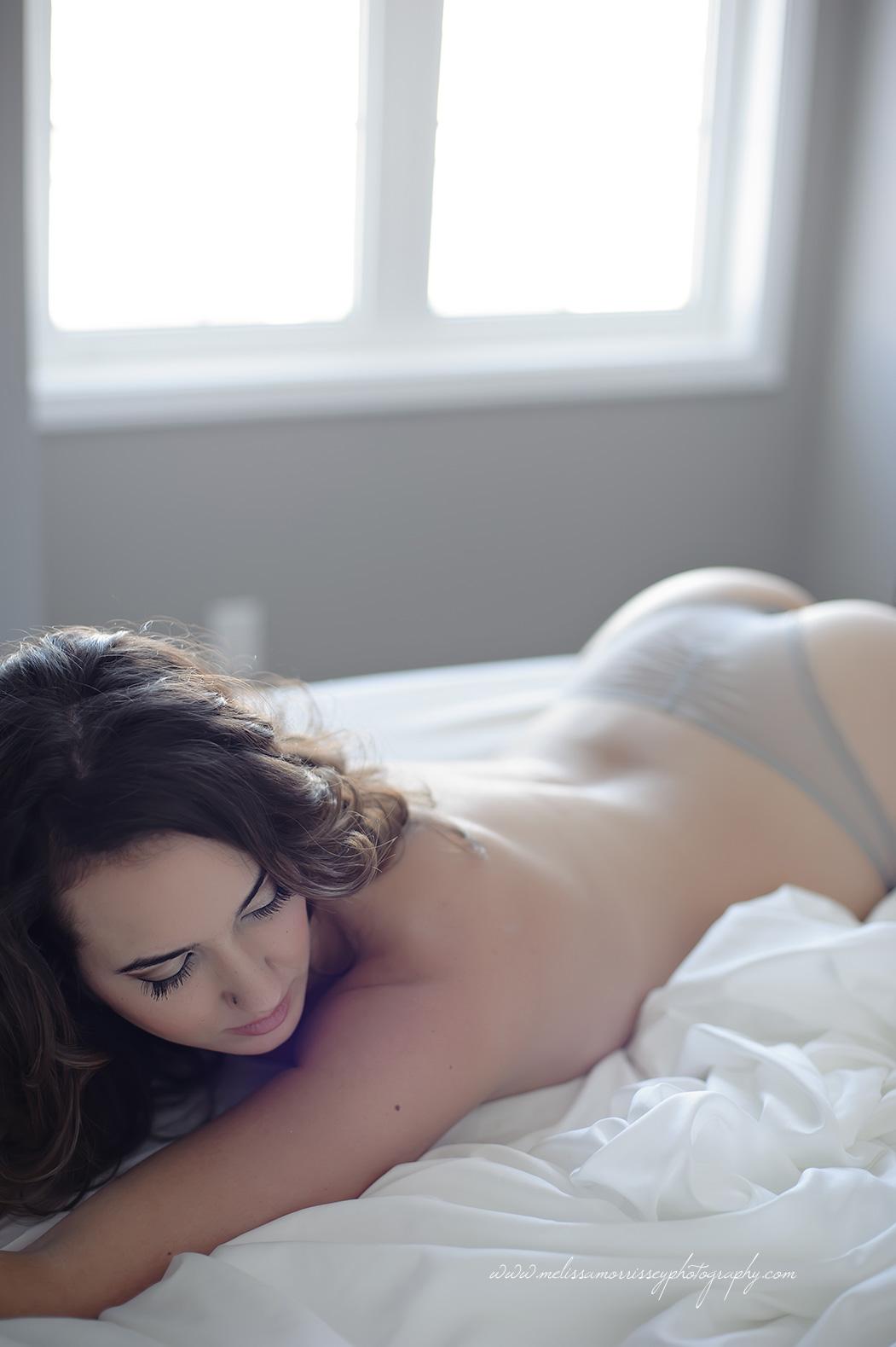 https://www.melissamorrisseyphotography.com/wp-content/uploads/2014/01/Ottawa-Boudoir-Glamour-Photographer-Melissa-Morrissey-27.jpg